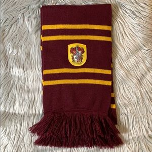 Harry Potter Gryffindor house scarf official